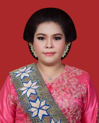 Putri Yolanda Sari